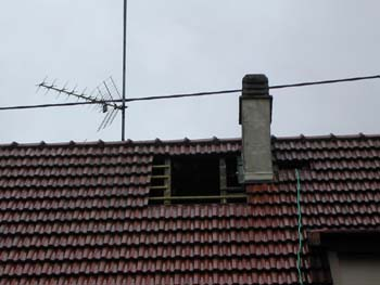 D montage de la chemin e notre maison chantier jour for Construire un conduit de cheminee exterieur