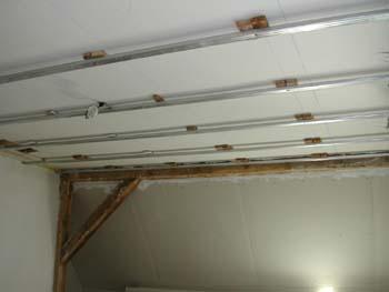 plafond de la chambre notre maison chantier jour apr s jour. Black Bedroom Furniture Sets. Home Design Ideas