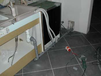 plomberie dans la cuisine - notre maison-chantier jour après jour - Evacuation Evier Cuisine
