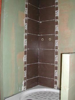 pose du carrelage notre maison chantier jour apr s jour. Black Bedroom Furniture Sets. Home Design Ideas